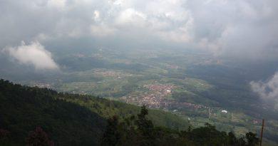 Telomoyo Peak Wonderfull in Central Java To Sunrise and Sunset